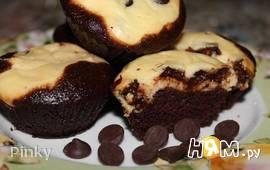 Шоколадные маффины с крем сыром