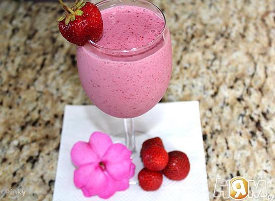Смузи с заморожеными ягодами