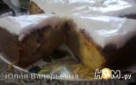 Персиковый пирог под сливочным кремом
