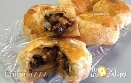 Французские пирожки с грибами и шпинатом