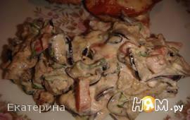Салат-гарнир с баклажанами и помидором