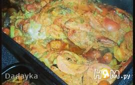 Баранина, запечённая в соусе с овощами
