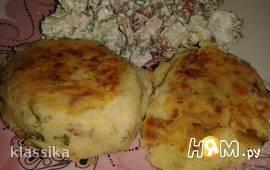 Картофельные котлеты с колбасным фаршем